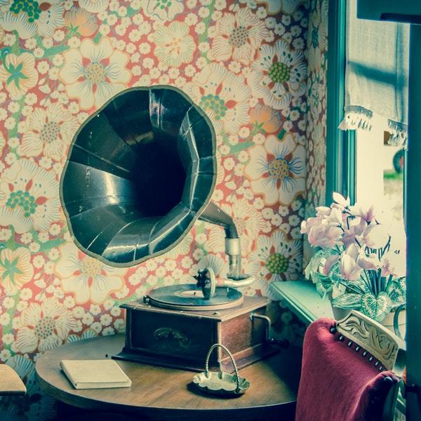 Floral Print in Bedroom