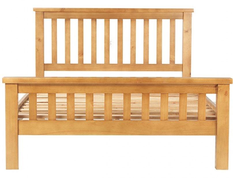 Churchill Pine Bed