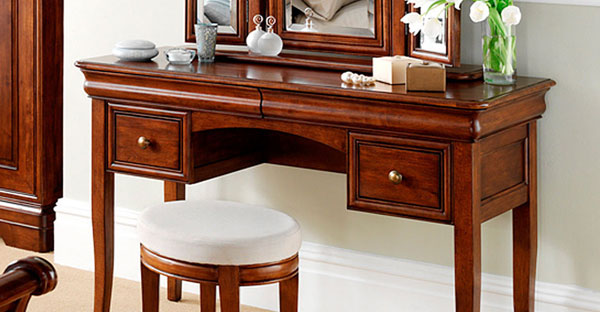 Dark Wood Dressing Table