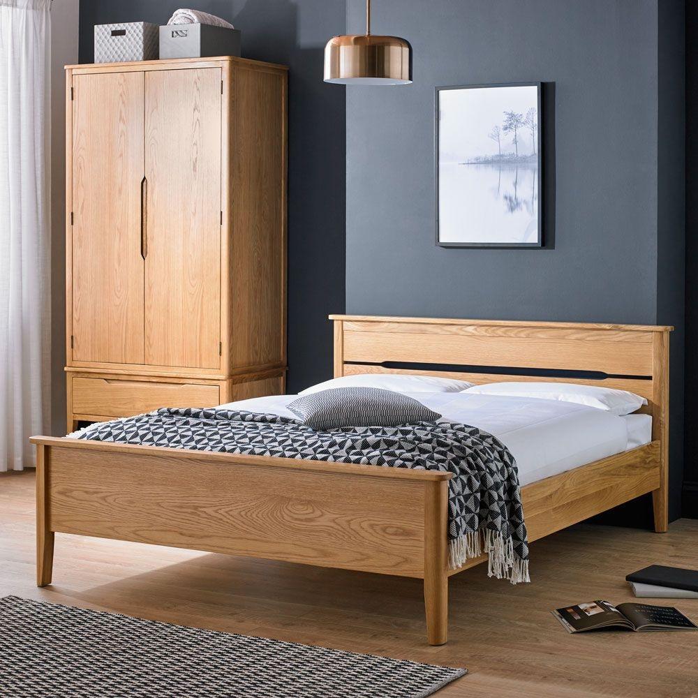 Bresca Panel Oak Bed