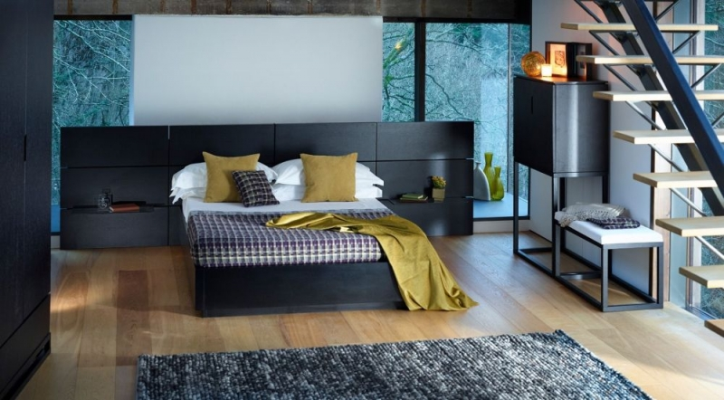 Islington Bed with Side Panel - Black